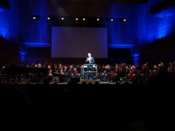 James Newton Howard Tour photo 1